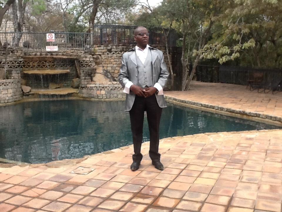 Re.Peter Ndamba